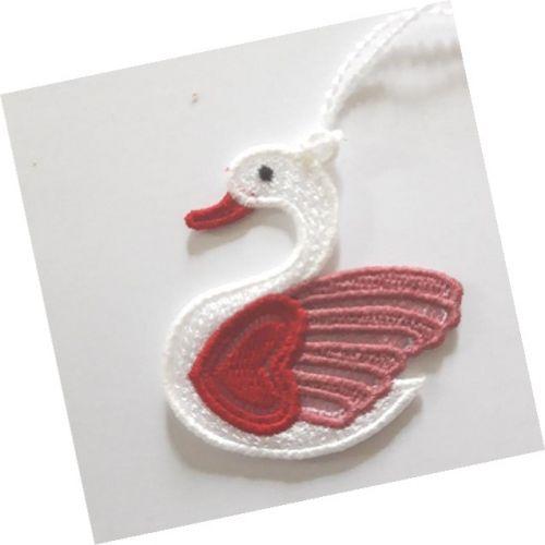 Swan Valentine decoration