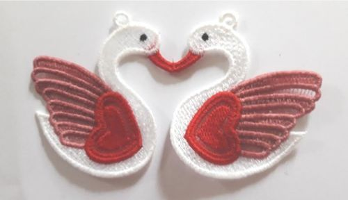 Kissing Swans Valentine decoration