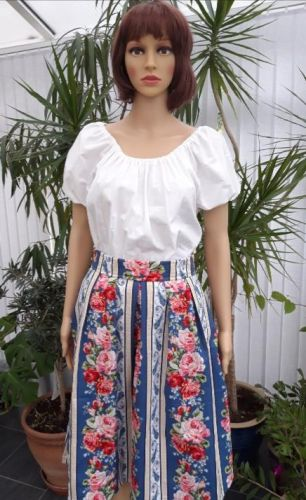 American Bouquet swing skirt with pockets